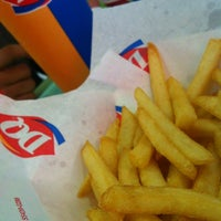 Photo taken at Dairy Queen by KinĞ Ł๑ҝฮ༄࿐ on 6/22/2013