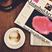 9/29/2015 tarihinde Ata A.ziyaretçi tarafından Hümaliva Çikolata & Kahve'de çekilen fotoğraf
