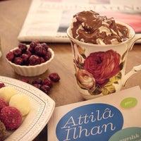 10/21/2015 tarihinde Ata A.ziyaretçi tarafından Hümaliva Çikolata & Kahve'de çekilen fotoğraf