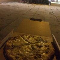 Das Foto wurde bei Pizza Arena von Julian B. am 12/13/2014 aufgenommen