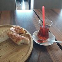 Photo taken at Nazar Simit Sarayı by 🚲Fatih Mehmet K. on 10/21/2017