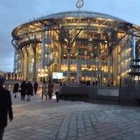 Снимок сделан в Московский международный дом музыки (ММДМ) пользователем Margarita D. 9/29/2013