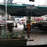 Photo taken at Papa John's Pizza by Halim T. on 1/13/2013