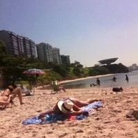 Foto tirada no(a) Praia de Boa Viagem por Gy L. em 12/7/2012