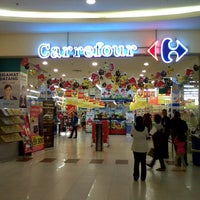 Photo taken at Carrefour by Dindin K. on 2/17/2013