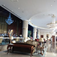 Photo taken at Millennium Hotel Doha by Chawarot C. on 10/6/2012