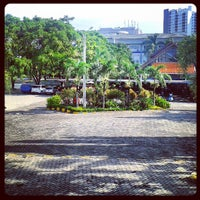 Photo taken at Universitas Esa Unggul by farandi agesti r. on 4/10/2013