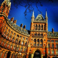 Photo taken at London St Pancras International Eurostar Terminal by Thiago S. on 4/29/2013