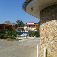 Photo taken at Hostal Villa Esperanza by Kathelys P. on 1/27/2013