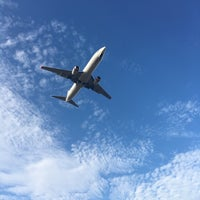 Photo taken at Aircraft Viewing Area 3 (Melbourne Airport) by Özlem on 1/16/2017