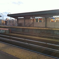 Photo taken at MTA Subway - Halsey St (J/Z) by nimajneb n. on 11/24/2012