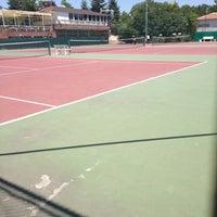 8/10/2013 tarihinde ✔ BeKo...ziyaretçi tarafından Ankara Üniversitesi Tenis Kortları'de çekilen fotoğraf