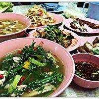 Photo taken at ร้านส้มตำหลังเซ็นทรัลแจ้งวัฒนะ by SC Y. on 5/21/2013