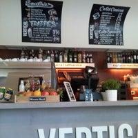 7/3/2013 tarihinde Maríaziyaretçi tarafından Vertical Caffé'de çekilen fotoğraf