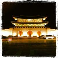 Photo taken at Gyeongbokgung by Liz P. on 2/16/2013