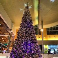 Foto tomada en Mall Multiplaza Pacific por Victor S. el 12/4/2012