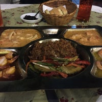 Foto diambil di Donde Olano Restaurante oleh Carlos Felipe M. pada 10/30/2015