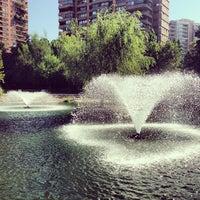 Das Foto wurde bei Parque Juan Pablo II von Andrés F. am 3/17/2013 aufgenommen