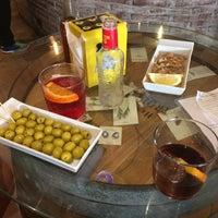 Foto tomada en Cucut Biz & Bar por Juan Carlos G. el 4/9/2017