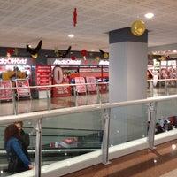 Foto scattata a Centro Commerciale La Romanina da Manuele F. il 11/25/2012