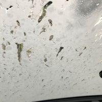 Photo taken at Acqua Car Wash by Uriel G. on 6/10/2017