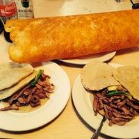 10/17/2013 tarihinde Ibeth S.ziyaretçi tarafından Tacos Xotepingo'de çekilen fotoğraf