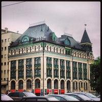 Снимок сделан в Большая Сухаревская площадь пользователем Tatyana K. 5/27/2013