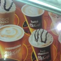 Photo taken at McDonald's by Oscar on 3/30/2013