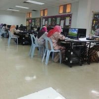 Photo taken at Perpustakaan KMK by Siti Nor Latifah D. on 1/7/2013