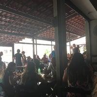 Photo taken at Gato 284 Bar e Restaurante by Vinicius P. on 9/25/2017