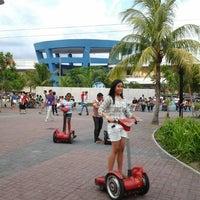 11/22/2012 tarihinde Romel C.ziyaretçi tarafından Mall of Asia Zipline'de çekilen fotoğraf