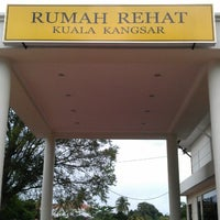 Photo Taken At Rumah Rehat Kuala Kangsar Rest House By Wa Freeze
