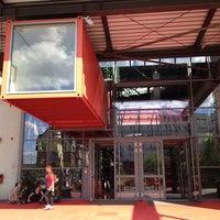 Das Foto wurde bei Theaterhaus Stuttgart von Vic A. am 7/31/2013 aufgenommen