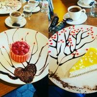 1/12/2017 tarihinde ✩✩✩Özcan M.ziyaretçi tarafından Stage Cafe&Restaurant'de çekilen fotoğraf