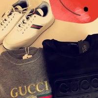 Снимок сделан в Gucci пользователем R.Z🐎 1/22/2018