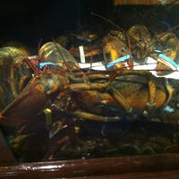 Photo taken at Red Lobster by Héctor N. on 3/11/2013