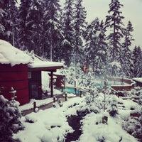 รูปภาพถ่ายที่ Scandinave Spa Whistler โดย nneale เมื่อ 12/17/2012