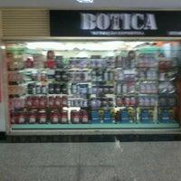 Photo taken at Botica Produtos Naturais by Alfredo J. on 1/21/2013