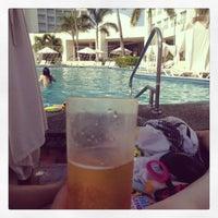 Photo taken at piscina hotel Emporio by valeria E. on 1/14/2013