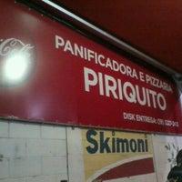 Photo taken at Padaria & Pizzaria Periquito by Gabyh P. on 11/29/2012