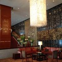 Photo taken at Mandarin Oriental, Hong Kong 香港文華東方酒店 by KC K. on 6/3/2013