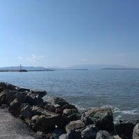 3/23/2013 tarihinde Pelin u.ziyaretçi tarafından Güzelbahçe Sahili'de çekilen fotoğraf