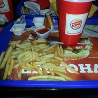 Photo taken at Burger King by Lokman B. on 1/28/2013