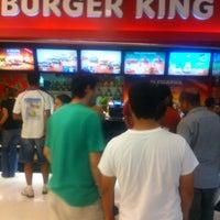Photo taken at Burger King by Fernanda M. on 12/11/2012