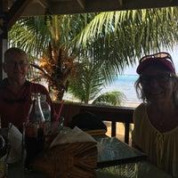 Photo taken at Beach Grill Roatan by Pontus A. on 12/20/2015