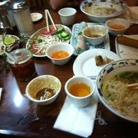 Photo taken at Pho Hoa Hiep Restaurant by Mia E. on 12/8/2012