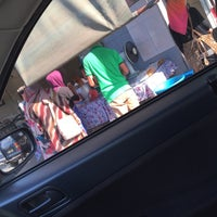 Photo taken at Restoran Raya by FatinNajibah on 5/25/2015