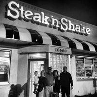 Photo taken at Steak 'n Shake by Leigh Ann S. on 1/1/2014