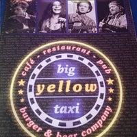 รูปภาพถ่ายที่ Big Yellow Taxi Benzin โดย Ylcdlk เมื่อ 4/23/2013