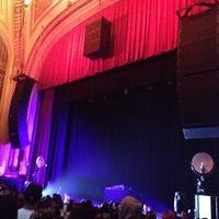Photo prise au The Warfield Theatre par Chad S. le12/19/2012